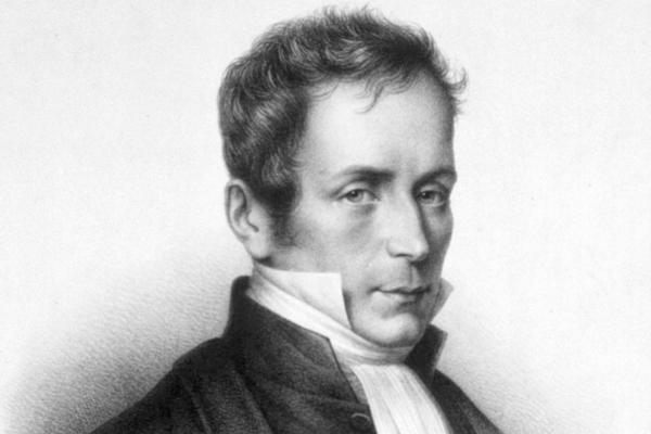 Rene Theophile Hyacinthe Laënnec (1781 - 1826) là bác sĩ đầu tiên trên thế giới phát minh ra ống nghe.
