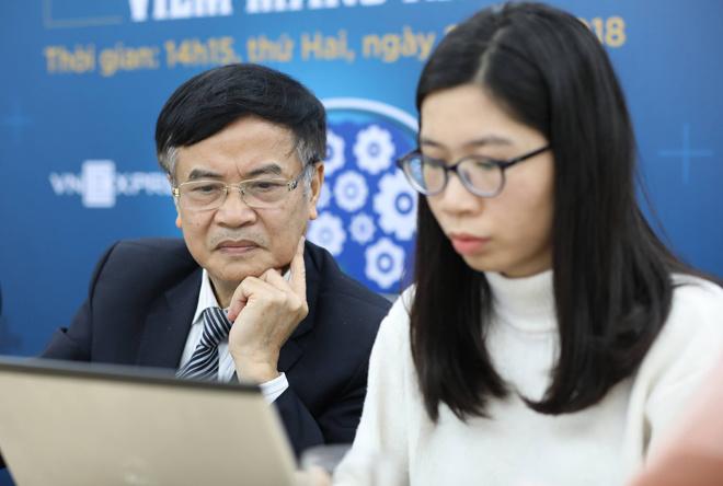 Giáo sư, bác sĩ Phạm Nhật An trả lời độc giả.