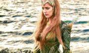 Mỹ nhân Amber Heard tập tạ cho vai nữ hoàng biển trong Aquaman