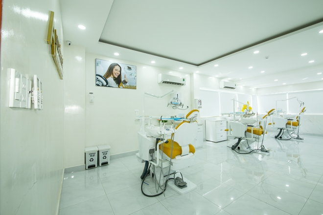 Việt kiều về nước bọc răng sứ tại Nha khoa Anna - 8