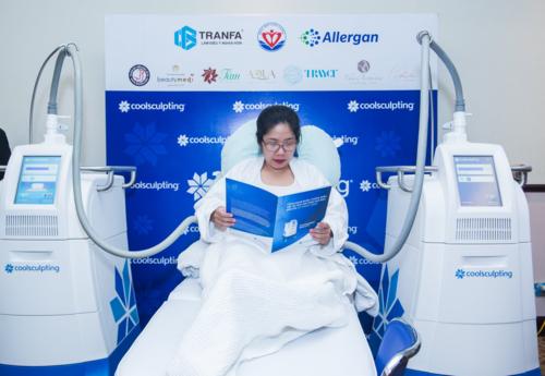Trong thời gian điều trị, khách vẫn có thể đọc sách, nghỉ ngơi thư giãn và trở lại sinh hoạt bình thường&