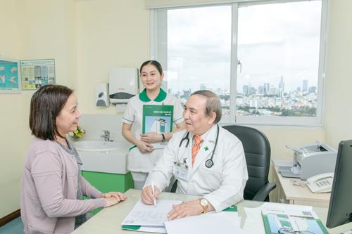 Nhiều bệnh nhân hài lòng với chất lượng dịch vụ của bệnh viện trong tập đoàn.
