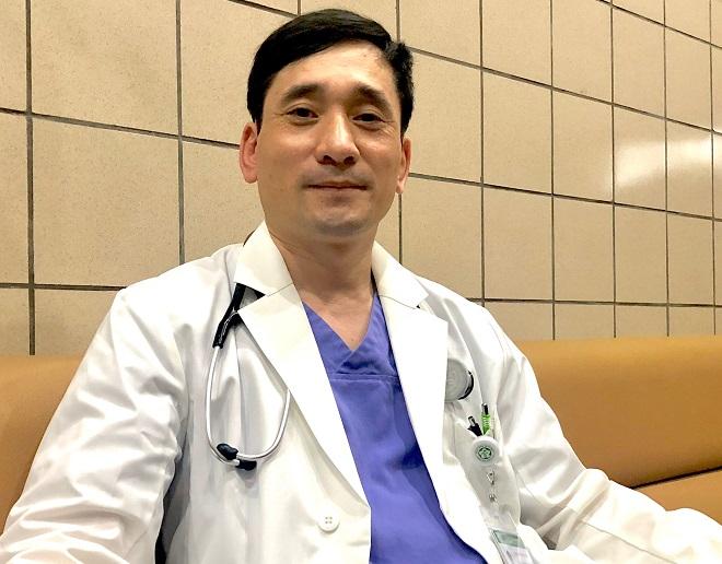 Tiến sĩ, bác sĩ Đỗ Ngọc Sơn, phó trưởng khoa Cấp cứu, bệnh viện Bạch Mai, Hà Nội. Ảnh: Thùy An