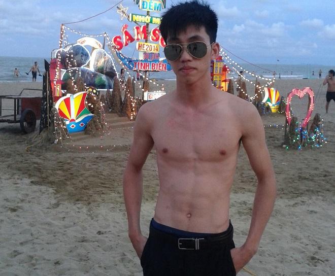 Hình ảnh gầy gò của Minh trước khi tập gym. Ảnh: Nhân vật cung cấp
