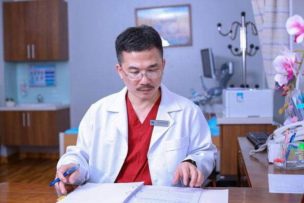 Bác sĩ Lê Hoàng kỳ vọng sẽ không còn những bệnh nhân bỏ cuộc trên chặng đường tìm con chỉ vì lý do tài chính.