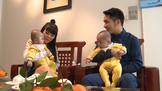Gia Minh và Gia Thành chào đời khỏe mạnh nhờ phương pháp IVFlà món quà xứng đáng cho những nỗ lực tìm con của đôi vợ chồng trẻ.