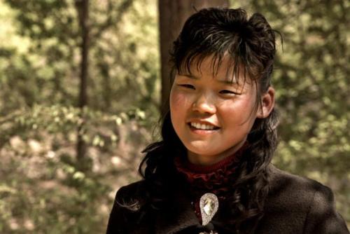Yongsim quyết tâm trở thành bác sĩ sau khi mất bố vì bệnh lao kháng đa thuốc. Bản thân cô cũng mắc bệnh nhưng may mắn hồi phục. Ảnh: Hein S Seok.