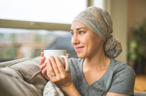 Chế độ dinh dưỡng trong quá trình điêu trị ung thư quan trọng với bệnh nhân. Ảnh: MNT.