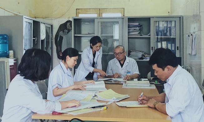 Phòng làm việc của bác sĩ Hưng và đồng nghiệp. Ảnh: Thùy An