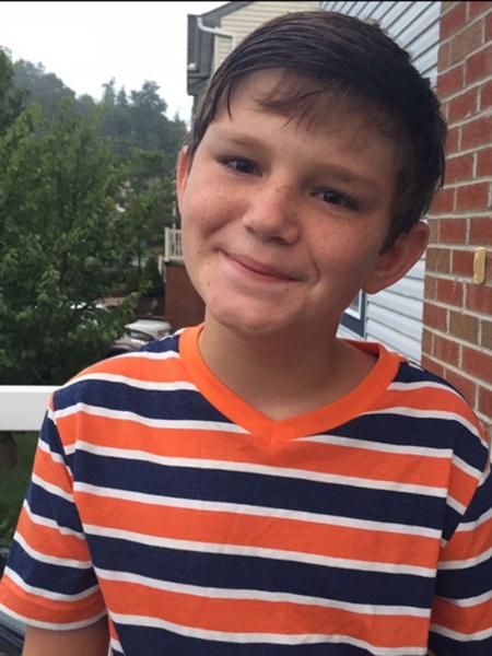 Tanner nhận thức và hoạt động bình thườngnhư những đứa trẻ cùng trang lứa.
