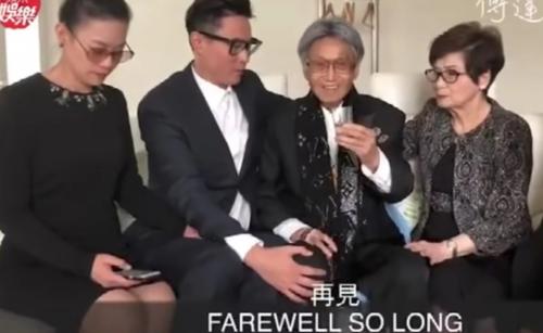 Ông Fu cầm cốc thuốc độc trước khi ra đi vĩnh viễn. Ảnh: Youtube.