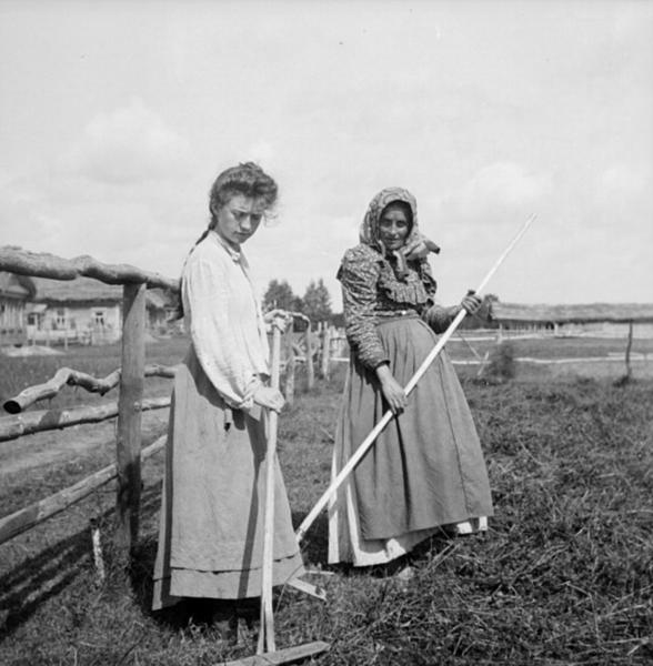 Nông dân nữ tại Nga được cho là có khả năng sinh sản áp đảo.