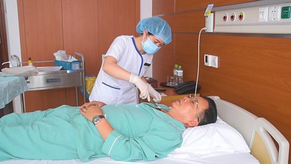 Bệnh nhân sau phẫu thuật được điều trị bằng liệu pháp miễn dịch tự thân để tránh tái phát. Ảnh: Bệnh viện cung cấp