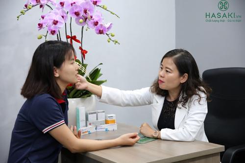 Hasaki Clinic & Spa được trang bị máy móc hiện đại cùng đội ngũ bác sĩ chuyên môn cao.