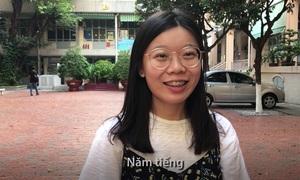Người Việt thường mang điện thoại lên giường ngủ để làm gì?