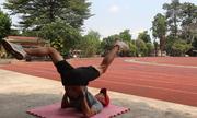 Bài tập căng giãn giúp giảm đau cơ chân