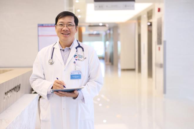 Bác sĩ phẫu thuật: Mỗi ca mổ là một trận chiến sinh tử - 1
