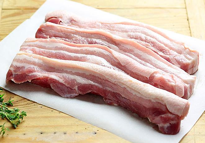 Thịt lợn giàu dinh dưỡng nhưng không nên ăn quá nhiều. Ảnh: Abel