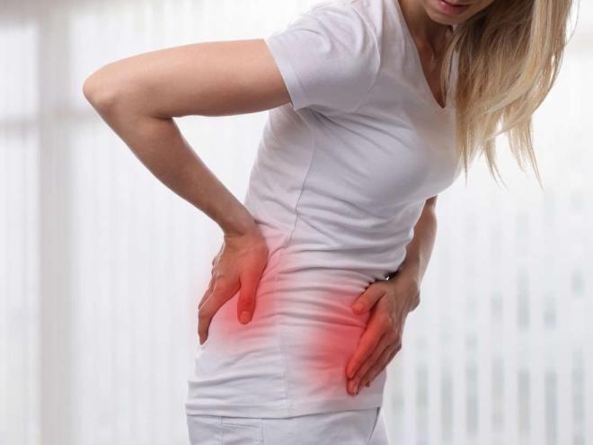 Khi cơn đau xảy ra vượt ngưỡng chịu đựng thì bạn cần đến ngay cơ sở y tế để được điều trị kịp thời.