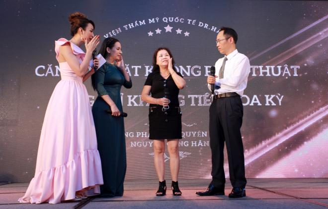 Bác sĩ Nguyễn Công Hân trong hội thảo căng da mặt với chỉ không tiêu Hoa Kỳ