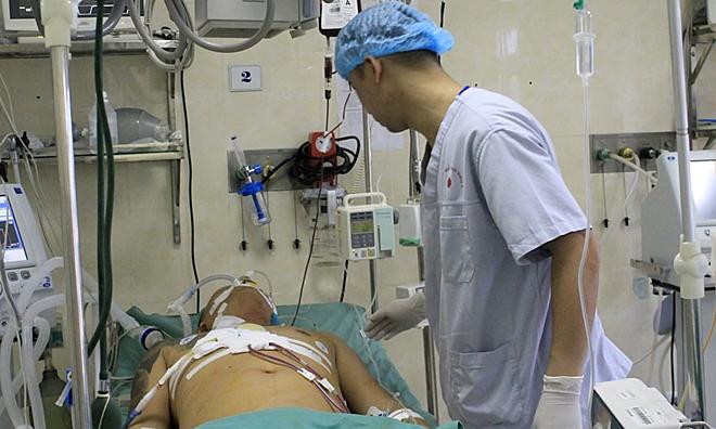 Bệnh nhân hiện qua cơn nguy kịch. Ảnh: Thanh Xuân.
