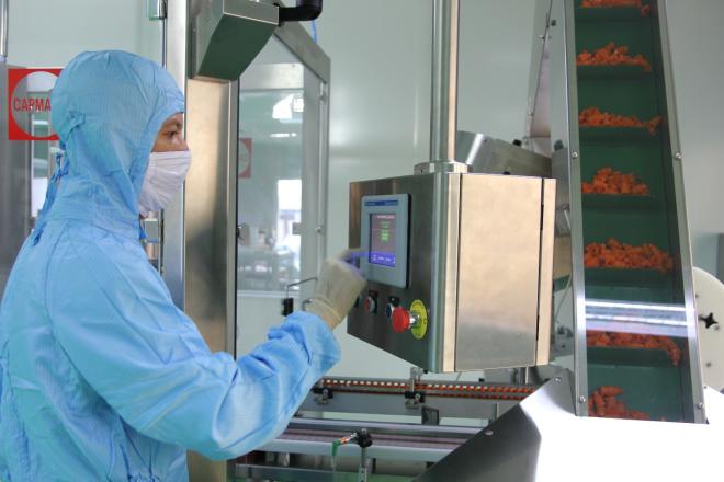 Công ty Cổ phần Traphaco đã bắt đầu sản xuất thuốc nhỏ mắt trên dây chuyền có trang bị công nghệ kín hoàn toàn (BFS)