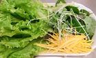 Những ai không nên ăn rau sống?