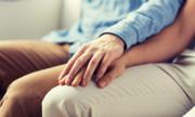 Làm gì sau khi quan hệ tình dục với người nhiễm HIV?