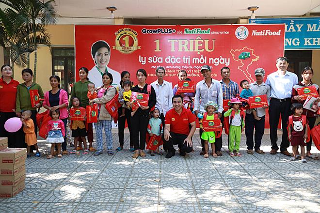 Hành trình Vì một Việt Nam thoát khỏi suy dinh dưỡng, thấp còi vừa đến Khánh Hòa.
