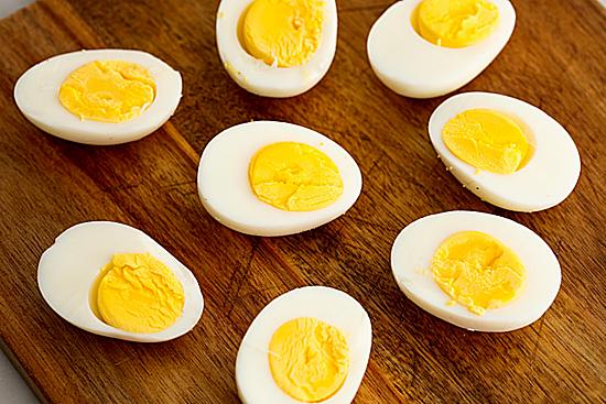 Ăn trứng đúng cách giúp cơ thể hấp thu nhiều chất dinh dưỡng. Ảnh: Webmd