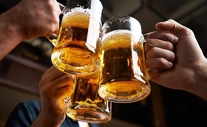 """Kết quả hình ảnh cho uống rượu, bia"""""""