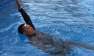 Kỹ thuật bơi ngửa cho người mới học