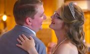 Cặp đôi kết hôn sau 15 năm cùng chiến đấu với ung thư máu