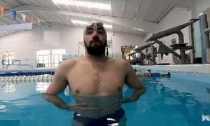 Cách tránh đau xóc hông khi bơi