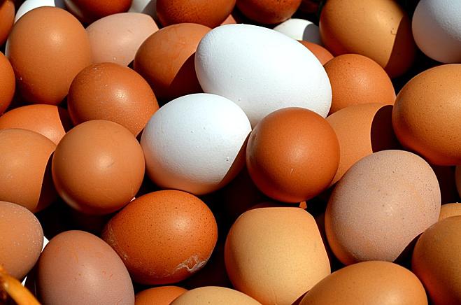 Trứng gà nhiều protein, kẽm, vitamin nhưng ít calo và cholesterol. Ảnh: Health