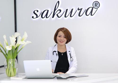 Tiến sĩ, bác sĩ Đào Hoàng Thiên Kim có nhiều năm kinh nghiệm chăm sóc da cho chị em phụ nữ.