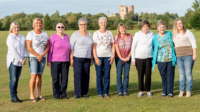 Cùng nhau vượt qua căn bệnh, những người phụ nữ này mang đến hy vọng cho nhiều bệnh nhân ung thư vú. Ảnh: Fox News