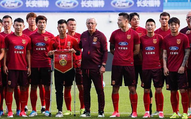 He YiYi dẫn trở nên nổi tiếng trong làng bóng đá. Ảnh: Sohu