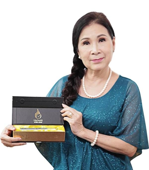 Nghệ sĩ Kim Xuân tim dùng Haduhi.