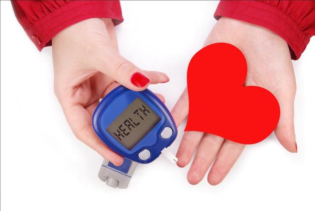Rong nâu chứa một loại carbohydrate gọi là Fucans hỗ trợ ngăn ngừa đông máu, giảm nguy cơ mắc bệnh tim.