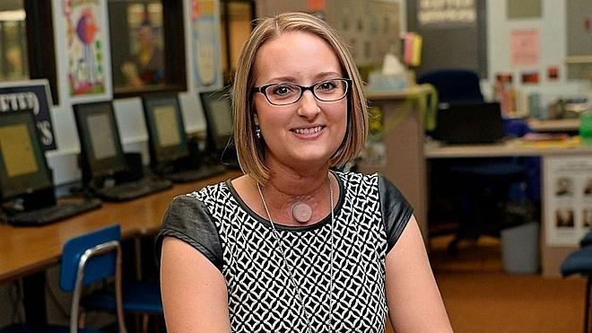 Ashley tại lớp học của mình ngày 4/4. Ảnh: Yahoo