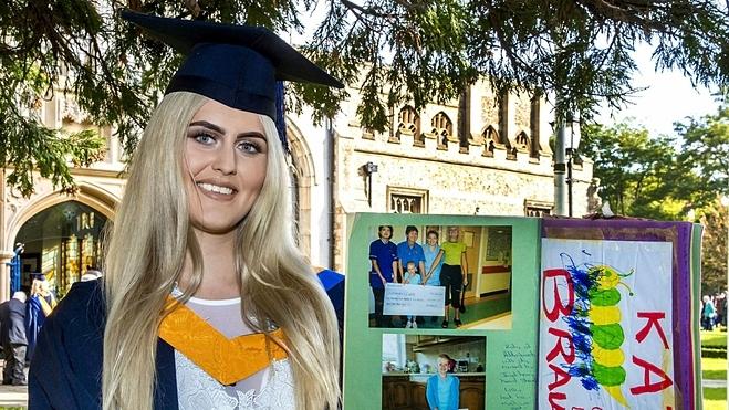 Katy Panye trong ngày tốt nghiệp Đại học. Ảnh: Fox News