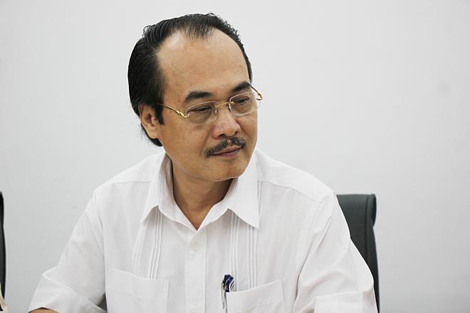 Phó giáo sư, tiến sĩ, Vũ Xuân Phú - Phó Giám đốc - Bệnh viện Phổi Trung ương cho rằng Những người mắc bệnh phổi có nhiều khả năng là do ảnh hưởng từ không khí ô nhiễm.