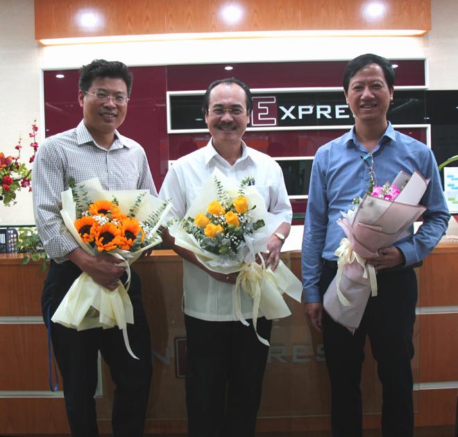3 chuyên gia đã có mặt tại tòa soạn VnExpress để tư vấn cho độc giả về cách bảo vệ sức khỏe khi ô nhiễm không khí