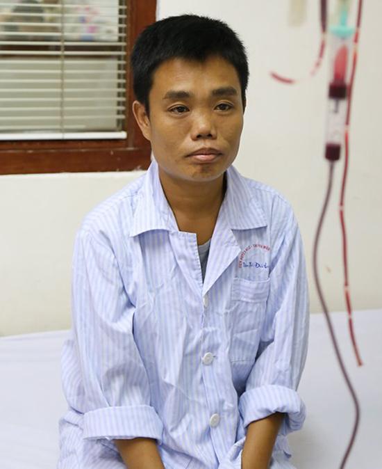 Hàng tháng, Vương phải vào viện huyết học truyền máu, thải sắt. Ảnh: Bệnh viện cung cấp