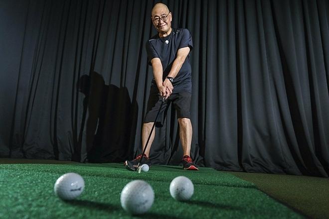 Ông Richard duy trì sở thíchchơi golf hàng tuần. Ảnh: SCMP