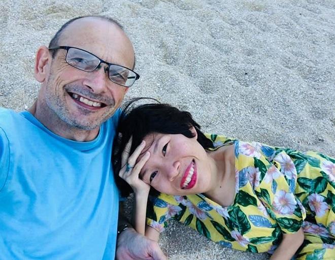 Ngoài công việc, hai vợ chồng Vân dành thời gian đi du lịch với nhau để tiếp thêm cho côđộng lựcvà niềm vui sống mỗi ngày. Ảnh: Nhân vật cung cấp