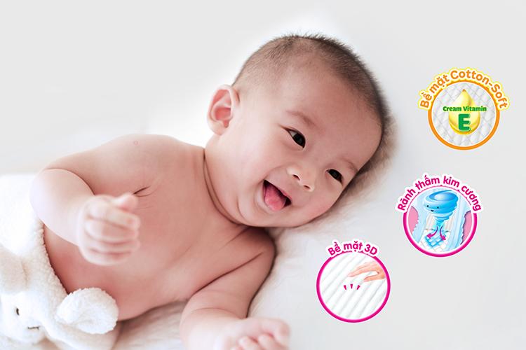 Mẹ cần lưu ý tính năng để chọn được loại tã phù hợp cho trẻ sơ sinh. Xin ảnh kích thước 750.