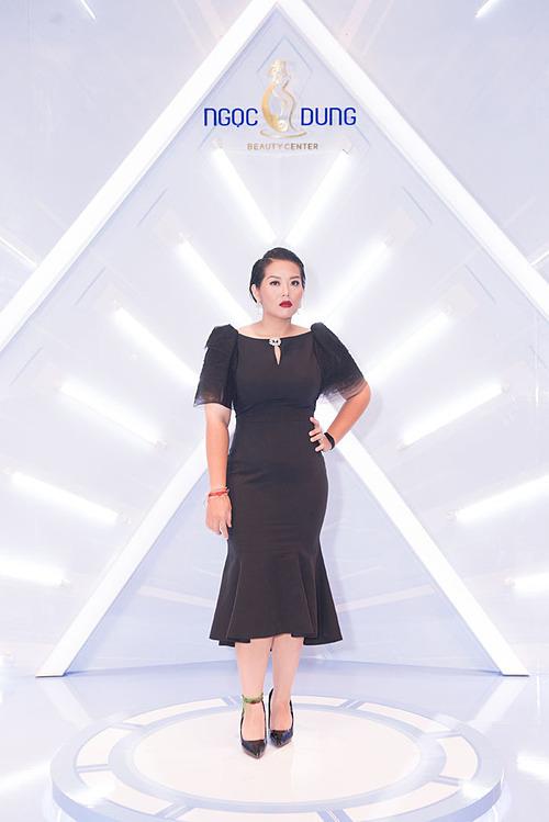 Phương Anh Idol tự tin diện váy ôm sau khi giảm 20 kg trong một tháng.