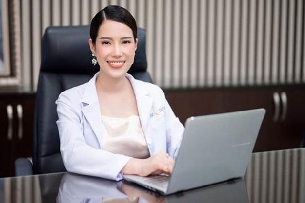 Bà Lê Thái Ngọc – Tổng Giám Đốc Hệ thống Thẩm mỹ viện Ngọc Dung (với 18 chi nhánh và 21 năm hoạt động) - là chuyên gia nhiều năm kinh nghiệm trong ngành thẩm mỹ.